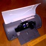 HP deskjet D1560 printer overview wiht lid open