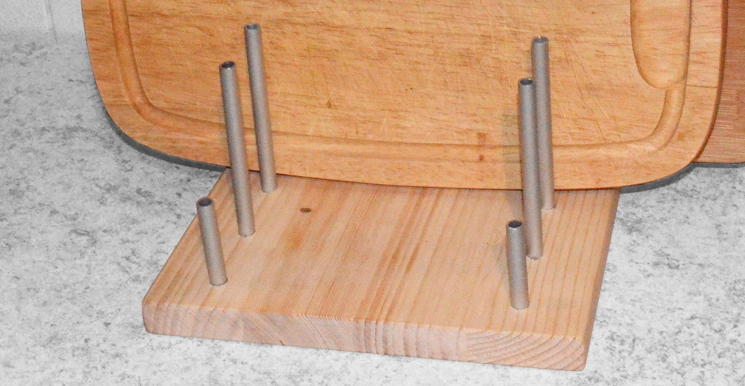 Simple Cutting Boards Rack Holder Diy Projects